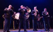 Dixie Band800